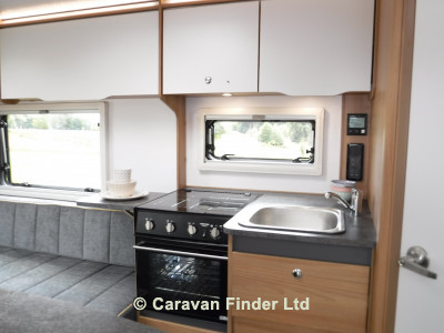Bailey Discovery D4-2 2020 Caravan Photo