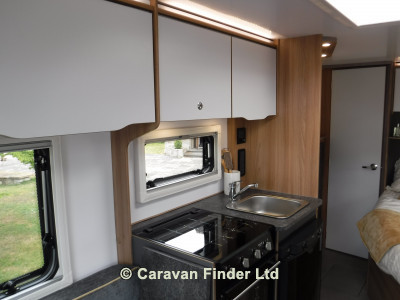 Bailey Discovery D4-4 2021 Caravan Photo