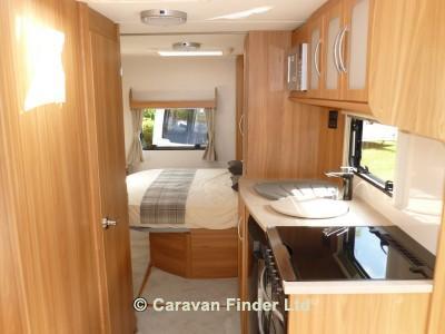 Lunar Lexon 560 2014 Caravan Photo