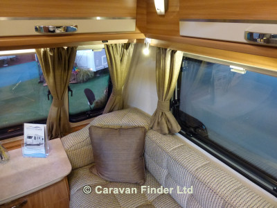 Lunar Ultima 554  2015 Caravan Photo