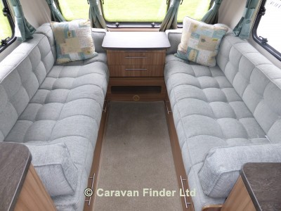 Lunar Quasar 524 2016 Caravan Photo