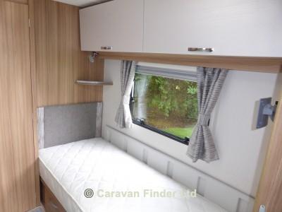 Lunar Lexon 570 2018 Caravan Photo