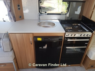 Lunar Clubman SB 2019 Caravan Photo