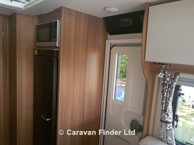 Lunar Lexon 590 2019 Caravan Photo
