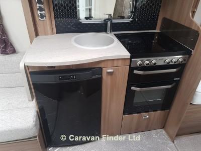 Swift Challenger 565 LUX 2019 Caravan Photo